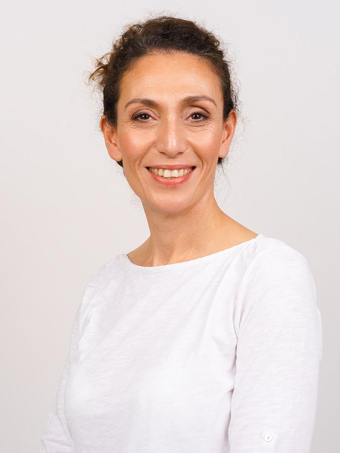 Dr. Nima Pakrah Weissen - Zahnärzte Köln Ehrenfeld
